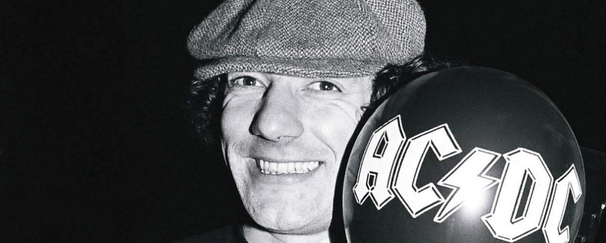 O Brian Johnson περιγράφει πώς έγινε μέλος των AC/DC