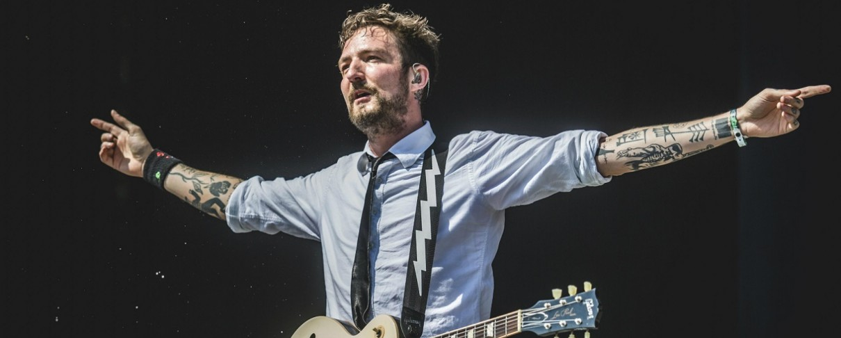 Frank Turner: Jason Isbell και Dom Howard (Muse) συμμετέχουν στο νέο του single