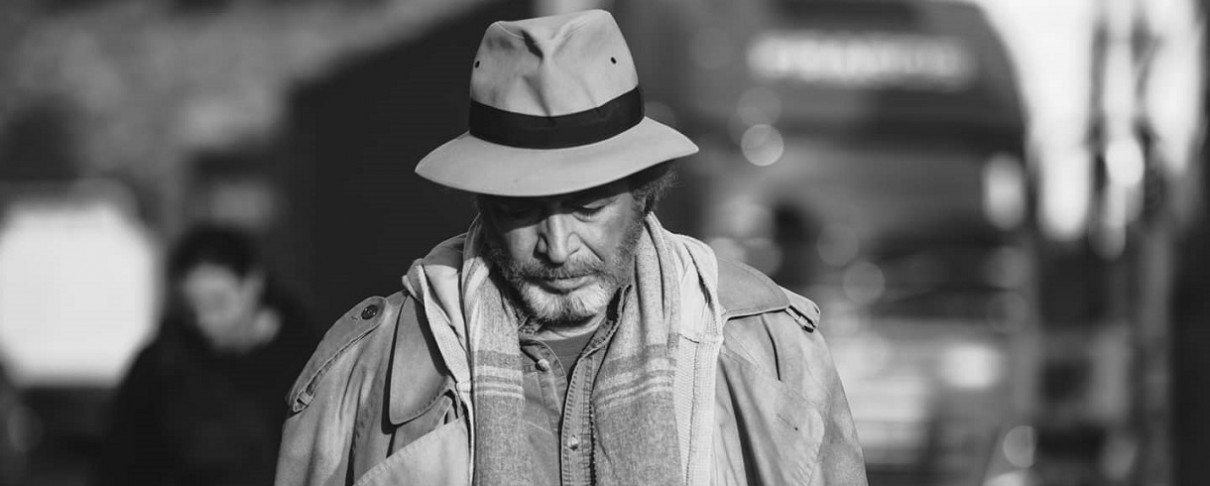 Ο Γρηγόρης Βαλτινός στο νέο video των Illusory