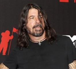 """Ο Dave Grohl είναι ανοιχτός στην ιδέα αλλαγής του εξωφύλλου του """"Nevermind"""""""