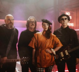 """No Gods No Masters"": Ακούστε το νέο single των Garbage"