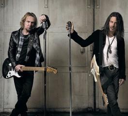 Πληροφορίες για τον δίσκο των Adrian Smith και Richie Kotzen