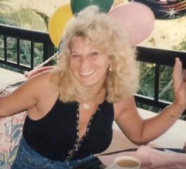Έφυγε από τη ζωή η Marsha Zazula, συνιδρύτρια της Megaforce Records