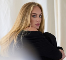 Επιστροφή της Adele με ρεκόρ στο Spotify