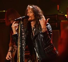 "Aerosmith: To ""I Don't Want To Miss A Thing"" προοριζόταν για να το τραγουδήσει γυναίκα"