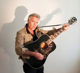 Glen Matlock: «Οι Sex Pistols θα μπορούσαν να είχαν περισσότερους δίσκους»