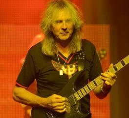 O Glenn Tipton παραχωρεί δικαιώματα της δισκογραφίας των Judas Priest