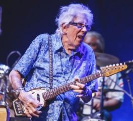 Νέος δίσκος από τον 88χρονο John Mayall