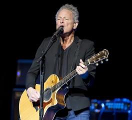 Επηρεασμένο από τους Fleetwood Mac το νέο κομμάτι του Lindsey Buckingham