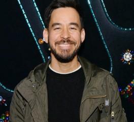 Mike Shinoda: Αναλαμβάνει την παραγωγή σε τραγούδια οπαδών του μέσω Twitch