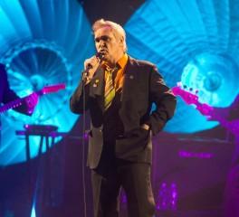 O Morrissey ανακοινώνει νέο δίσκο ενώ αναζητεί δισκογραφική