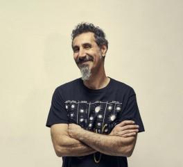 Στη δημοσιότητα τέσσεριες νέες συνθέσεις από τον Serj Tankian