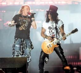 Slash: «Δεν έχουμε ηχογραφήσει νέα μουσική με τους Guns N' Roses»