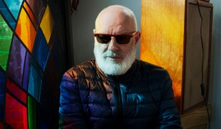O Brian Eno εκκινεί διαδικτυακό ραδιοφωνικό σταθμό με ακυκλοφόρητη μουσική