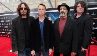 Οι Soundgarden απαντούν με ανακοίνωσή τους στη Vicky Cornell
