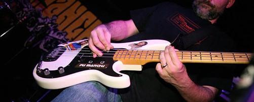 Ο Βrad Davis των Fu Manchu, «νέος» μπασίστας των Clutch