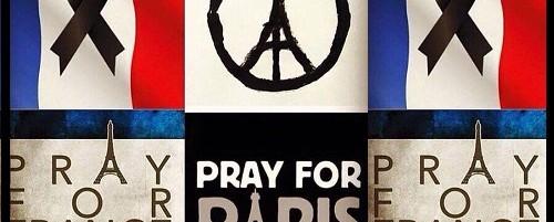 Η μουσική κοινότητα ποστάρει για το Παρίσι