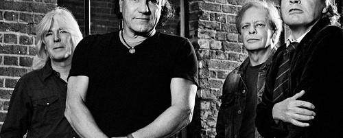 Επίσημη τοποθέτηση των AC/DC για τις κατηγορίες εναντίον του Phil Rudd