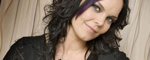 Στα «μαχαίρια» Nightwish και Anette Olzon