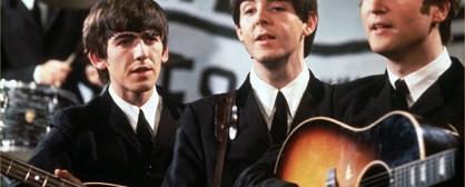 Στην επιφάνεια ακυκλοφόρητες στιγμές από περιοδείες των Beatles