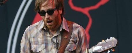 Dan Auerbach (The Black Keys): «Δεν θέλαμε να γίνουμε rock stars»