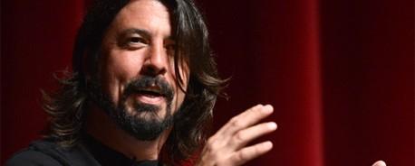 Οι Foo Fighters στην παρουσίαση του iPhone 5