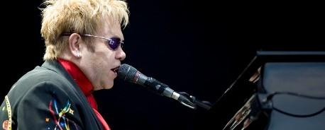 Αρχισυντάκτης για μια μέρα ο Elton John