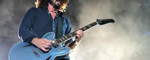Oι Foo Fighters ακυρώνουν συναυλίες, δεν παίζουν στο Glastonbury