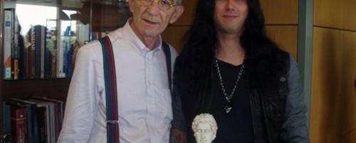 O Δήμαρχος Θεσσαλονίκης, Γιάννης Μπουτάρης, τίμησε τον Gus G.
