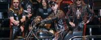 Μολύβι και χαρτί για τους Judas Priest και την επερχόμενη ευρωπαϊκή περιοδεία τους