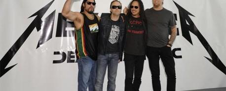 """Οι Metallica διασκευάζουν το """"When A Blind Man Cries"""" των Deep Purple"""