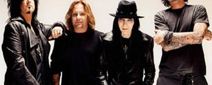 Οι Motley Crue καθυστερούν την κυκλοφορία του νέου album
