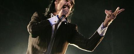 Ο Nick Cave σε ντουέτο με τη Debbie Harry