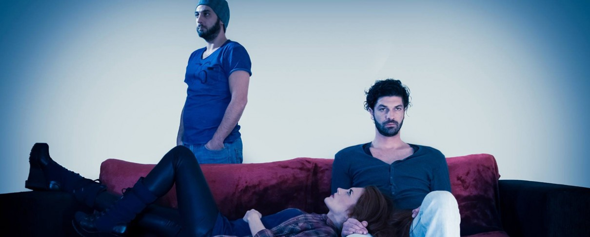 «Ο Καναπές»: Ένα μιούζικαλ - φόρος τιμής στην ελληνική rock σκηνή