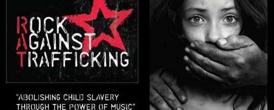 Τρανταχτές hard rock συμμετοχές σε tribute album για τους Police και τον Sting