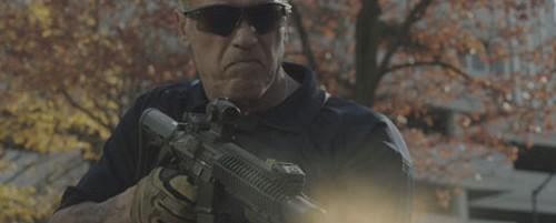 """Διαγωνισμός """"Sabotage"""": Κερδίστε προσκλήσεις για την πρεμιέρα της νέας ταινίας του Schwarzenegger"""