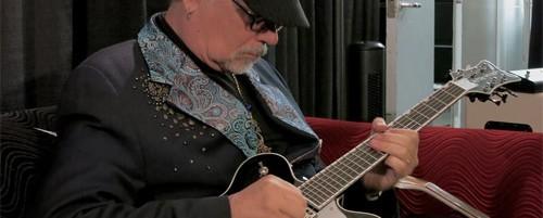 """Ηχηρές συμμετοχές στο """"Manhattan Blues Project"""" του κιθαρίστα Steve Hunter"""