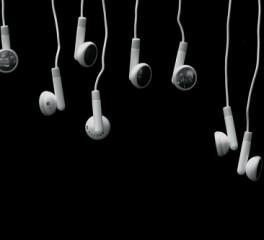 Rocking Radio Weekly Charts: μάθετε τα δημοφιλέστερα τραγούδια της εβδομάδας
