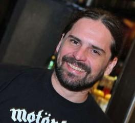 Andreas Kisser: «Τα αδέλφια Cavalera παράτησαν τους Sepultura, όπως ένας πατέρας το παιδί του»