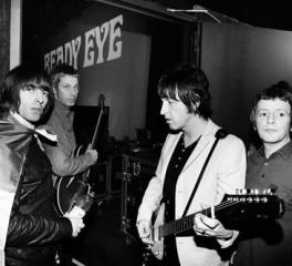 Διαλύθηκαν οι Beady Eye του Liam Gallagher