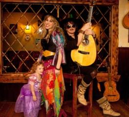"""Πρεμιέρα για το video clip """"The Moon Is Shining"""" των Blackmore's Night"""