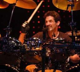 Συνελήφθη ο drummer των Journey, Deen Castronovo