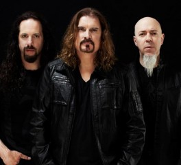 """Οι Dream Theater κυκλοφορούν το trailer του """"The Astonishing"""""""