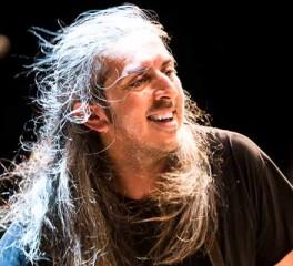 Γιάννης Χαρούλης: Ανακοίνωση ιδρυμάτων για δωρεά εσόδων συναυλίας 10ης Ιουνίου