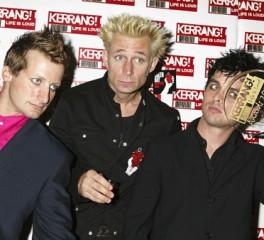 Το Kerrang ανακήρυξε το «καλύτερο rock άλμπουμ των '00s»