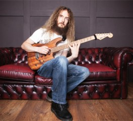 Σεμινάριο κιθάρας με τον Guthrie Govan σε λίγες μέρες στην Αθήνα