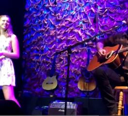 H κόρη του James Hetfield τραγουδά Adele μαζί με τον πατέρα της