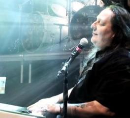 Lyric video καινούριου κομματιού «από τα παλιά» για τον Jon Oliva