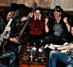 Live Catastrophe: Ελληνική περιοδεία 7 στάσεων για τους Outloud