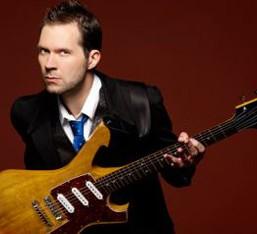 Συναυλία / live-clinic με τον κιθαρίστα Paul Gilbert τον Σεπτέμβριο στην Αθήνα